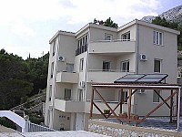 В Хорватии, в регионе Далмация, недавно построенный отель в отличном состоянии