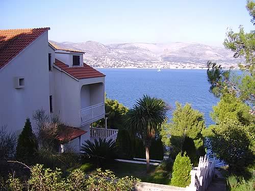 Отель-вилла в Хорватии, на острове Чиово