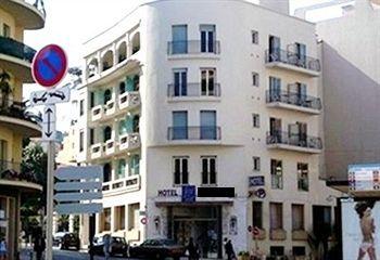 Гостиница в Ницце, в нескольких минутах от пешеходной зоны и моря, в 15 мин. пешком от вокзала.