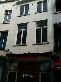 Дом в центре Брюсселя в 100 м от Гран Пласа – идеальное место для русского ресторана.