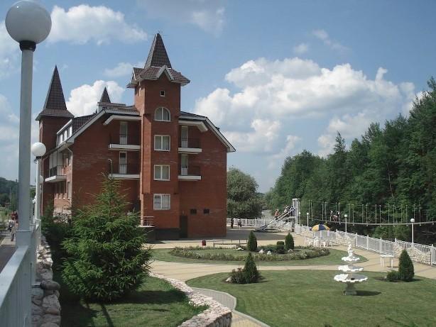 Продаю отель в горах Краснодарского края.