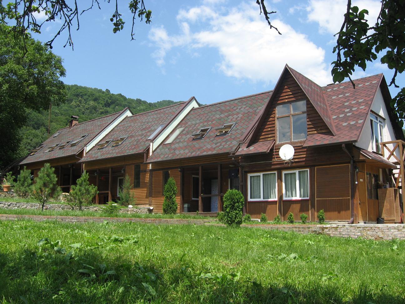 Продается частная Гостиница в горах Краснодарского края 500м.