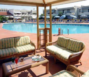 Гостиница в Италии, в 700 м от моря в известном курортном месте примыкающем к Маре Тиррено.