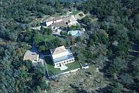 Не имеющее аналогов во Франции громадное поместье – 200 га.