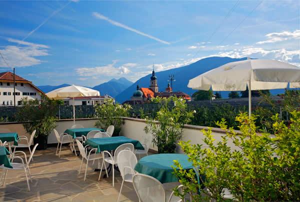 Гостиница 3 звезды на 90 мест рядом с Китцбюэль, Австрия