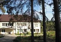 Новый, недостроенный дом отдыха в лесу, 86 км от МКАД