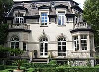Великолепный Замок на окраине Брюсселя