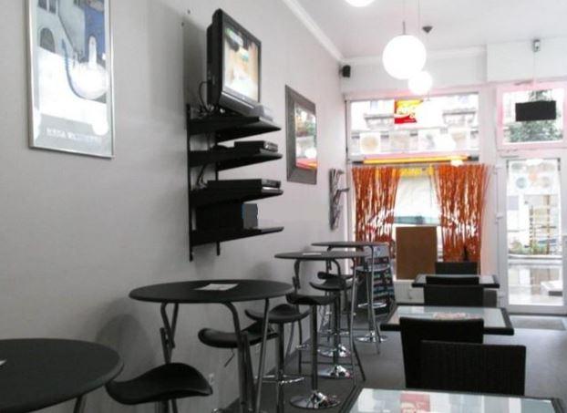 Современное кафэ-бар в Esch-Sur-Alzette, Люксембург