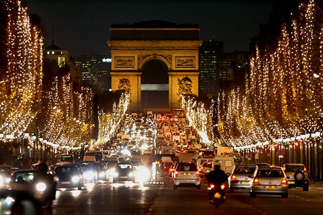 Историческая гостиница с 15 номерами в центре Парижа