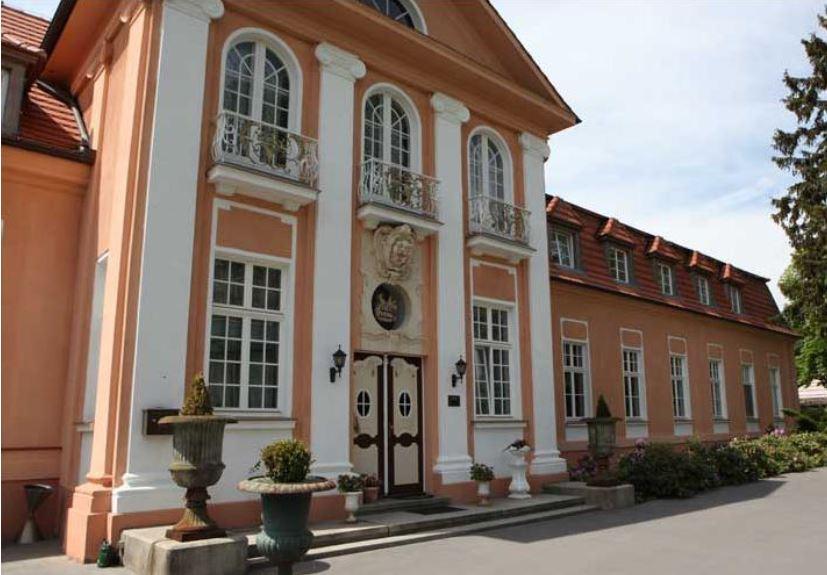 Гостиница-замок 3 звезды между Берлином и Гамбургом, Германия