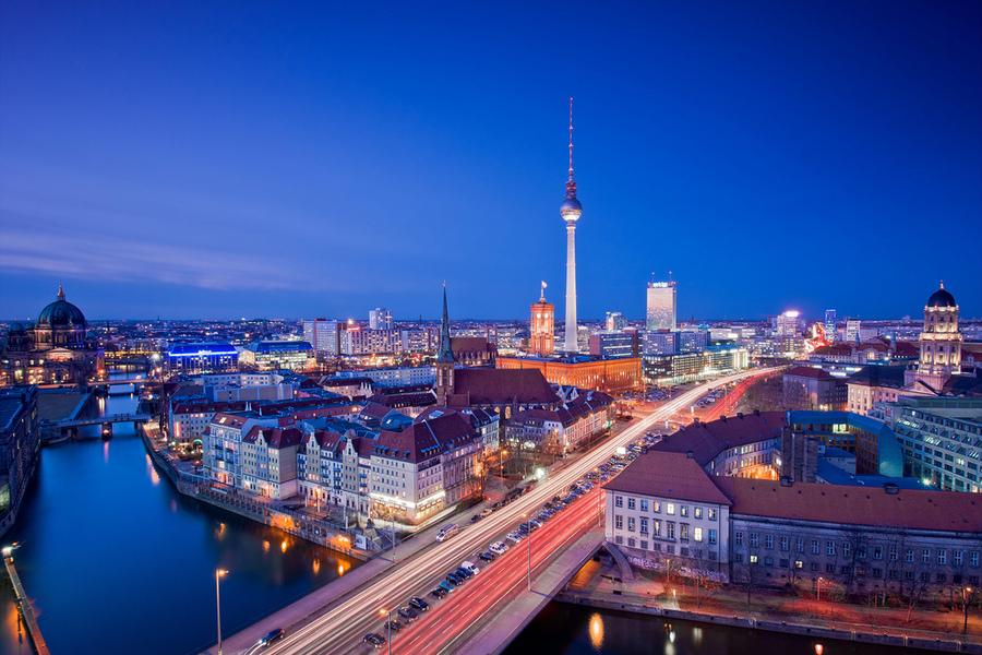 Пятизвездочный отель расположенный в центре Берлина