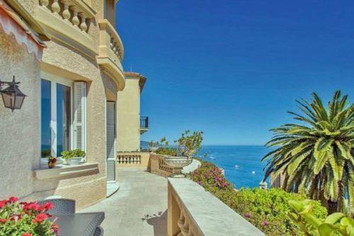 Красивый дом в стиле Бель Эпок с видом на казино в Монте-Карло