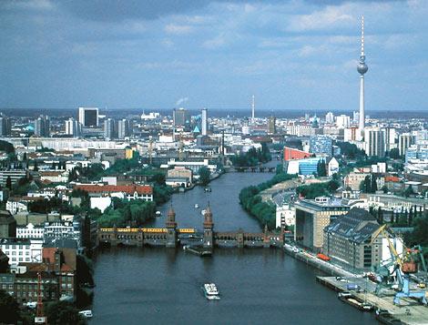 Жилой дом и мастерская в Берлине, Германия