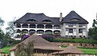 Уникальный отель на красивом озере в Уганде