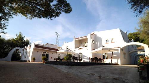 Гостиница с пиццерией на Сардинии, Италия