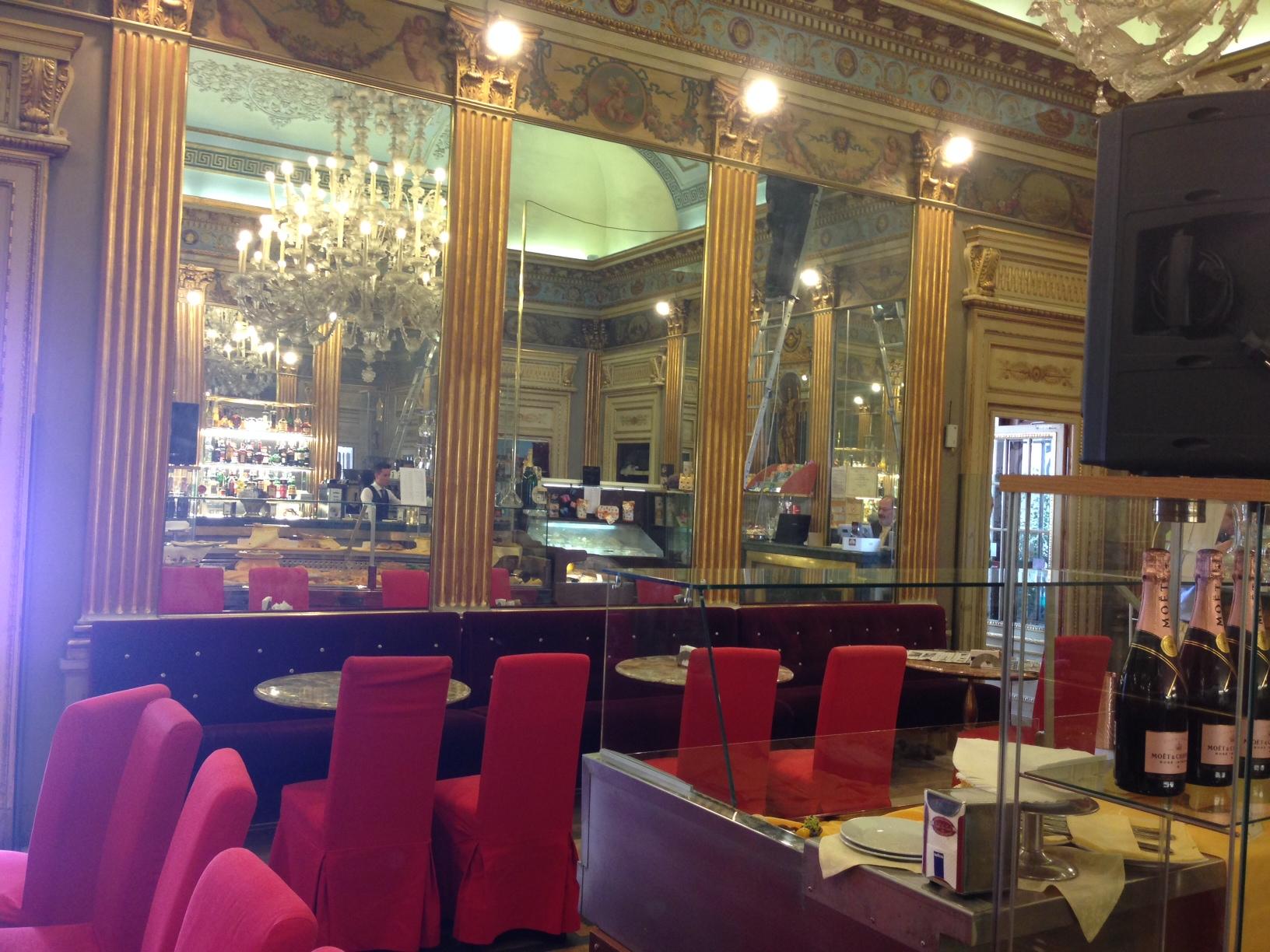 Продажа бизнеса в Италии - ресторан в центре Турина