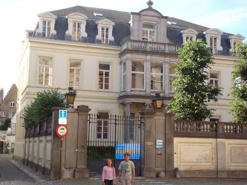 Историческое здание под гостиницу в Брюгге, Бельгия
