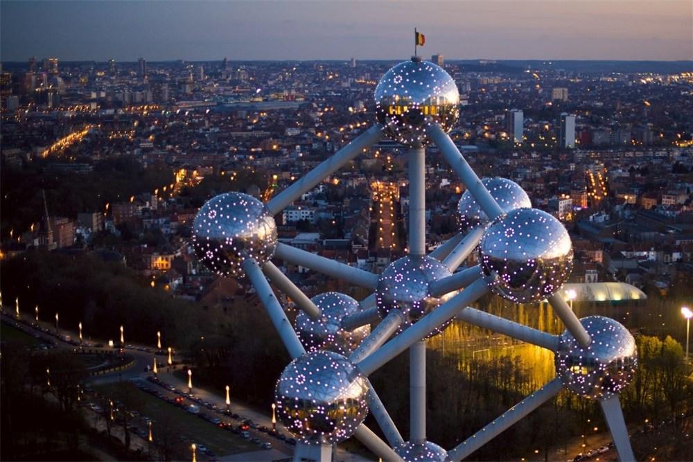 Возможность войти в качестве партнера в известную европейскую гостиничную сеть.