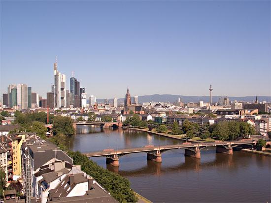 Два доходных дома во Фанкфурте на Майне, Германия