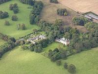 Исторический дом в стиле замка в Шотландии, в 16 км от Эдинбурга.