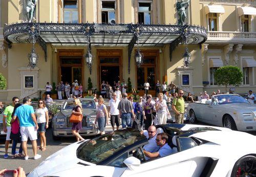 Небольшая гостиница в Монако с громадным шармом.