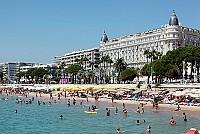 Отель в Каннах, в 10 минутах ходьбы от Дворца Фестивалей и пляжей