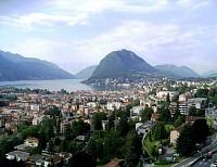 Величественная гостиница в Лугано, в Швейцарии