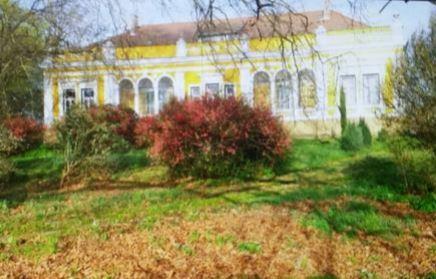 Замок в Венгрии рядом с Словенией и Хорватией