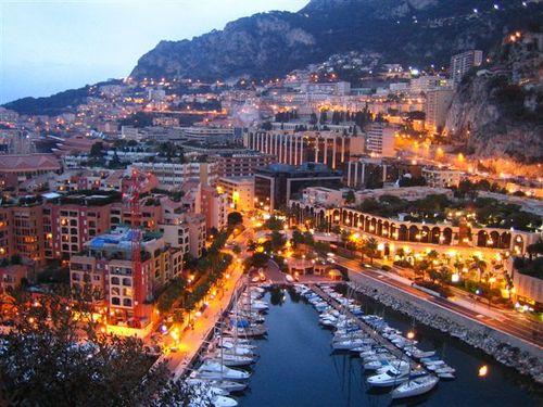 Продажа в Монако редчайшего высокорентабельного бизнеса - салона красоты, эстетической парикмахерской