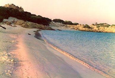 Остров в Италии, рядом с Сардинией
