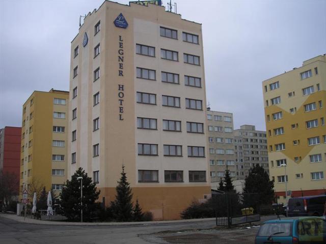 Отель три звезды в Праге