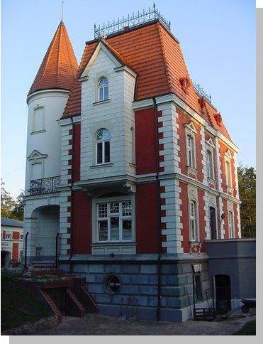 Исторический Замок-отель  в Польше, на берегу моря