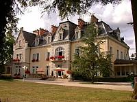 Охотничий замок 19-го века в окрестностях Дижона, Бургундия, Франция
