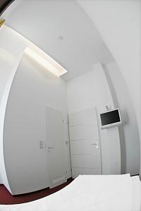 Небольшая гостиница в Берлине в великолепном месте