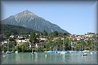 Гостиница - ресторан в Швейцарии, на берегу Тунского озера, между Туном и Интерлакеном, в городе Шпиц