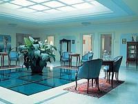 Знаменитый термальный гостиничный центр в Швейцарии