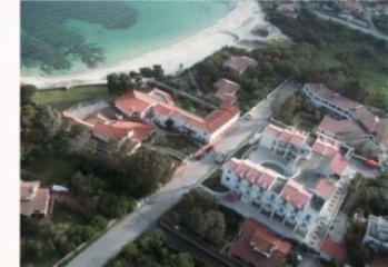 4* гостиничный комплекс в Ольбия, на северо-востоке побережья Коста Смеральда на острове Сардиния, юго-запад Италии