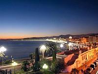 Гостиница в центре Ниццы 3 звезды, у моря (200 м), Лазурный берег