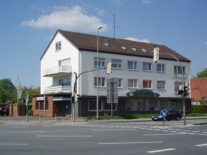 Доходный дом 1968 года постройки гаштете с рестораном и кегельбаном в Германии, в Гутерсло