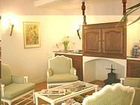 В Ницце, на Лазурном берегу Франции продается гостиница.