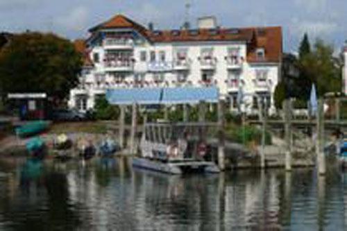 Гостиница в Констанце, с потрясающим и уникальным видом на Боденское озеро, рядом с Швейцарией